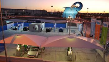 Centro-lavado-autos-cerca elefante azul