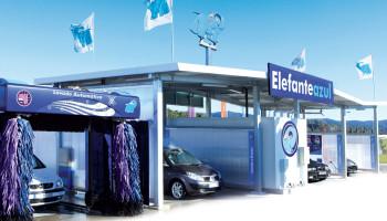 Centro de lavado del automóvil Elefante Azul