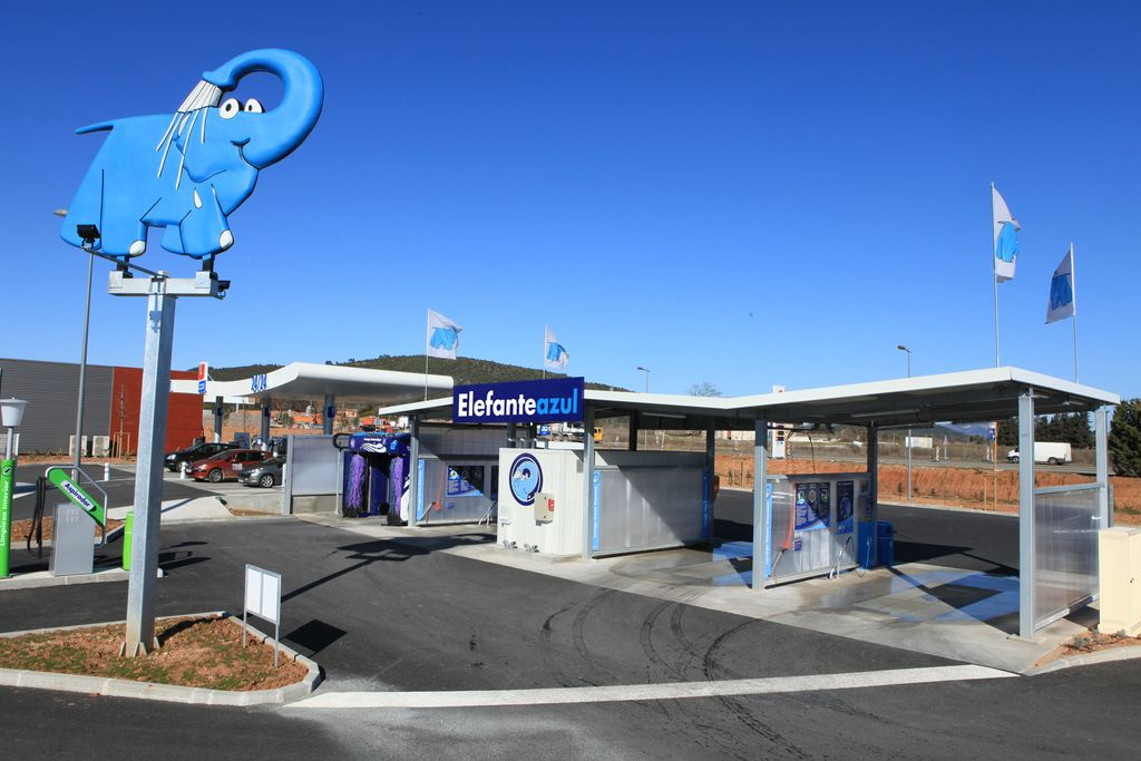 Instalaciones elefante azul