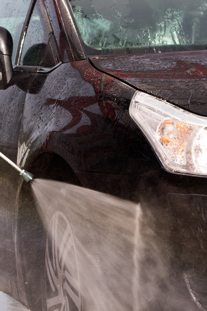 Servicios-lanza-limpia-llantas para el lavado de coches