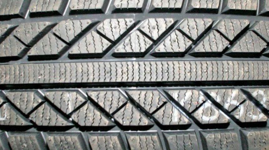 Cómo saber si tenemos que cambiar los neumáticos de nuestro coche